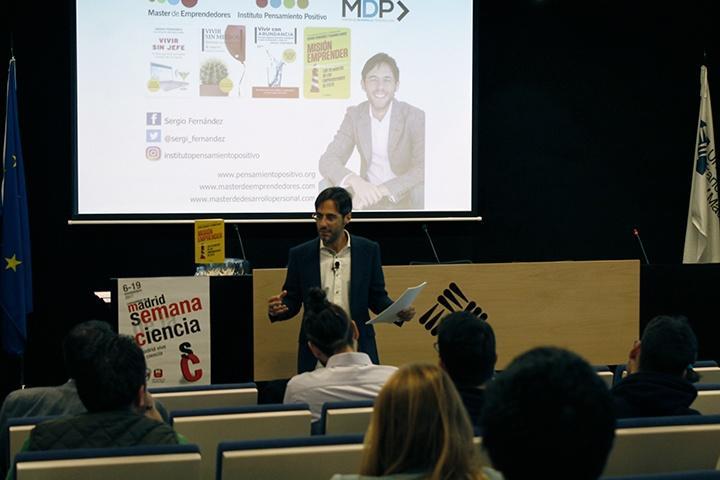 Conferencia emprendimiento vivir sin tu jefe de Sergio Fernández