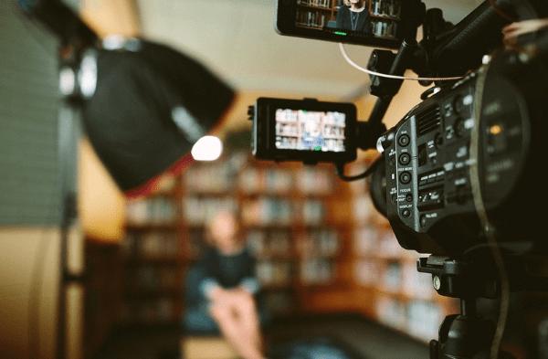 El contenido multimedia hace a la educación accesible en todo momento
