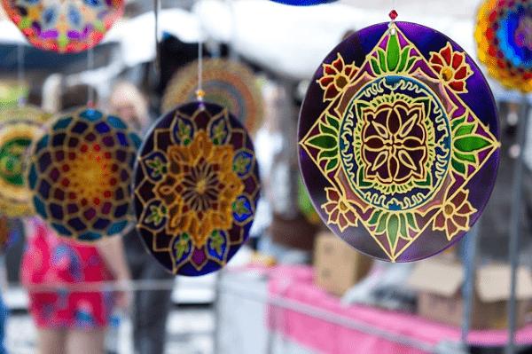 Relación de las relaciones públicas con el plan de comunicación en Ferias de artesanía