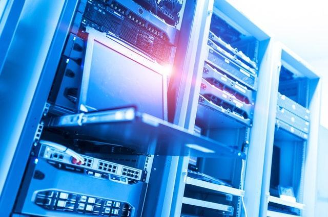 Armario de servidores en un datawarehouse