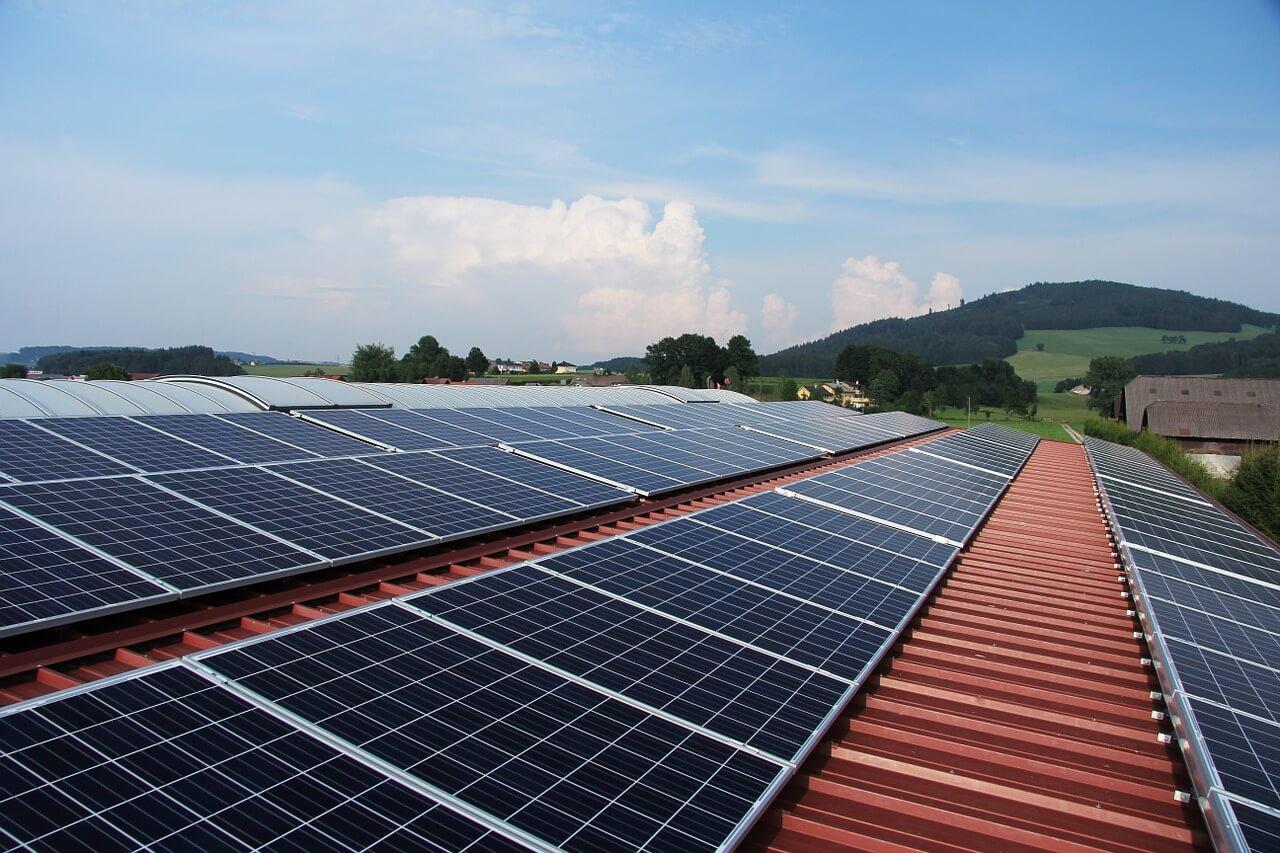 Paneles solares en comunidad de edificios