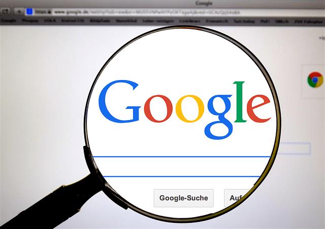 Aparecer en google es imprescindible para las empresas de comercio