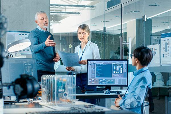 laboratorio en el que se discuten estrategias de gestión de la innovación